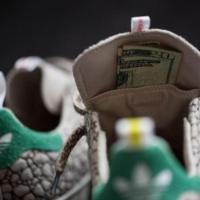 Nagyot húzott az Adidas - április 20-tól akár fűtartós csukában is  gizdázhatunk! 6a8d3d70c7