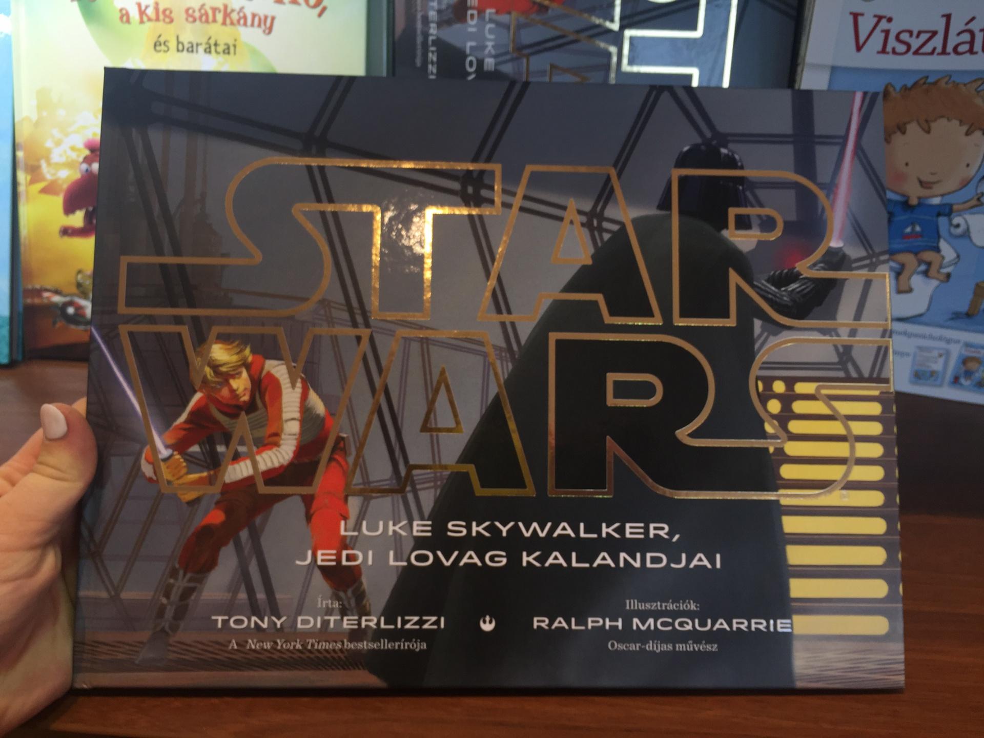 Kaposváron is ébred az erő - ellepték a várost a Star Wars cuccok ... 962e11d5ad
